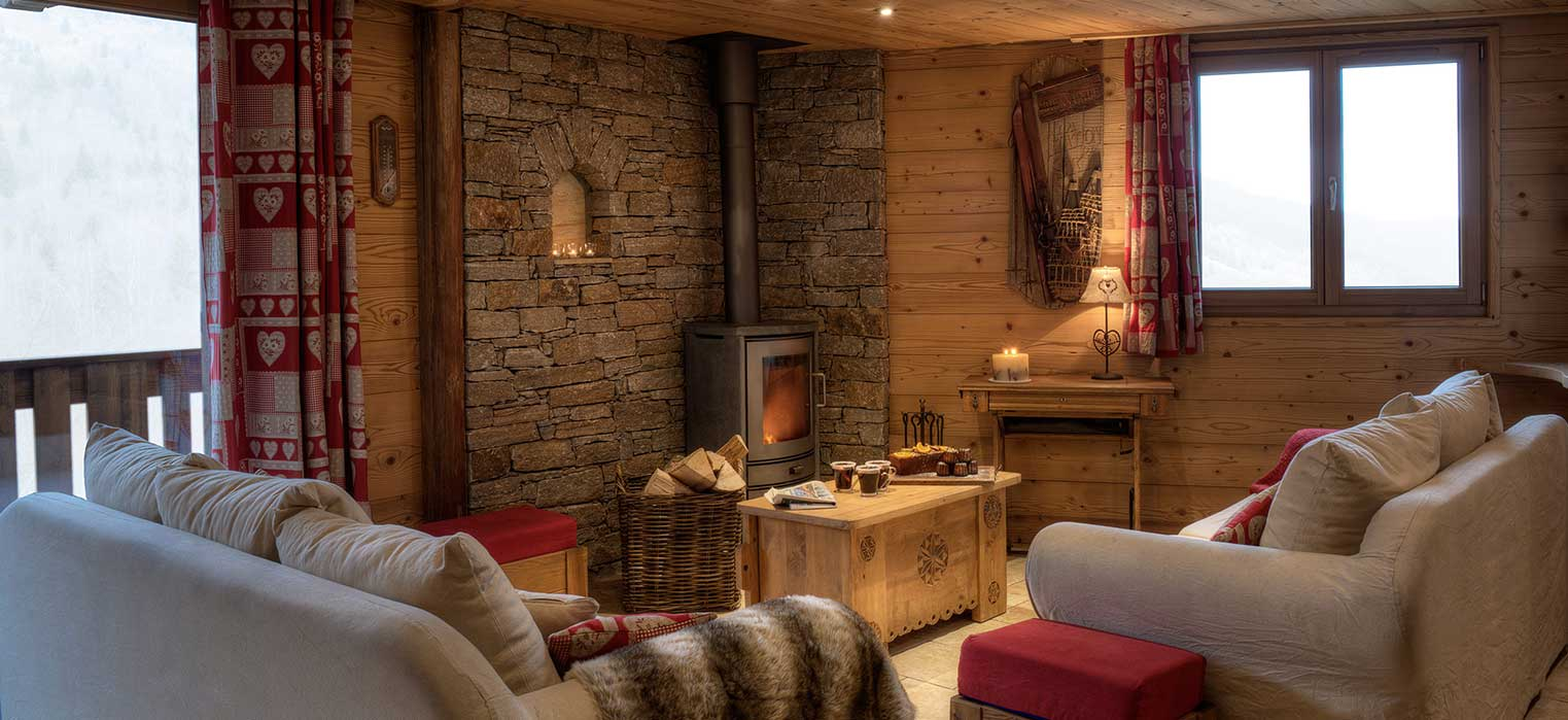 Chalet Blanche Lounge with Fire