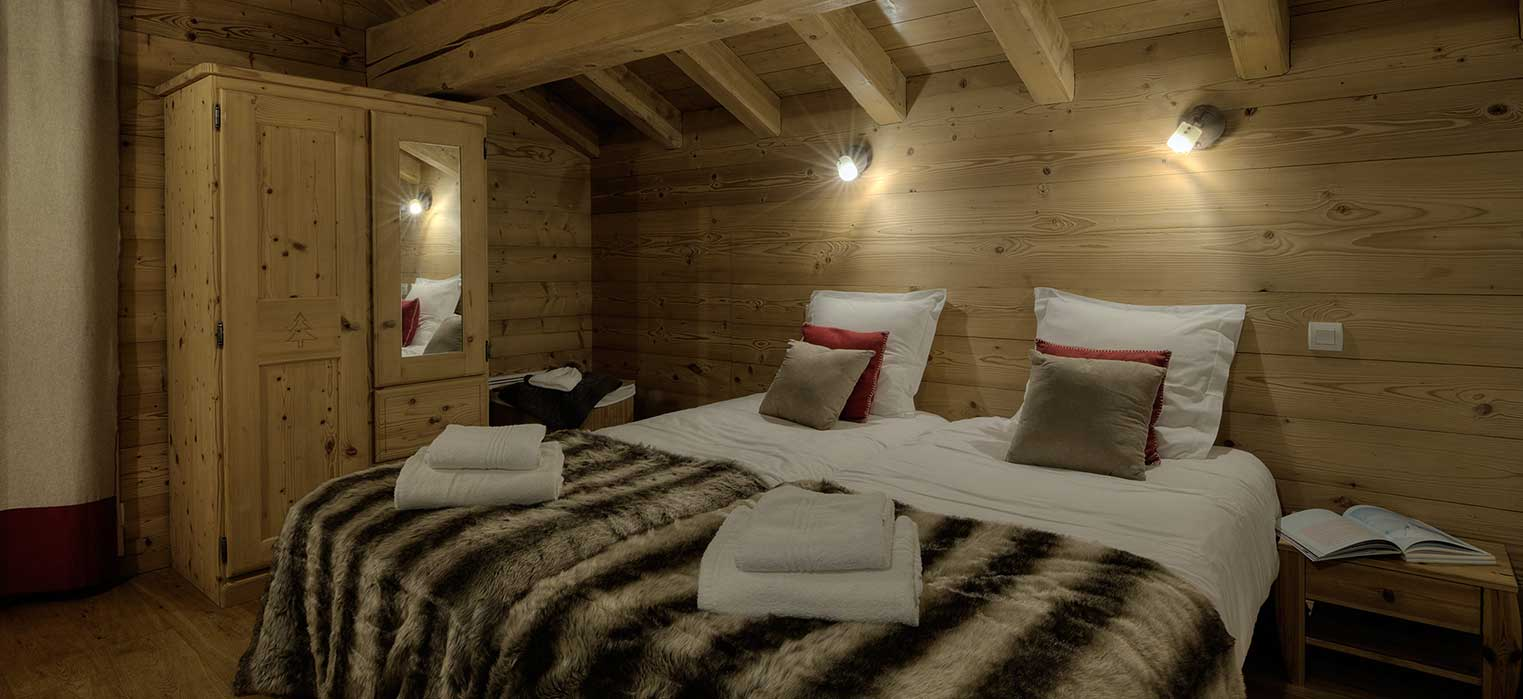 Chalet Blanche Bedroom 2